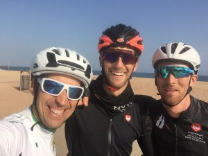 Today we guided Dan and Romain Grosjean to the best roads around Barcelona. Time to do dome tests…and also for cycling. Fantastic sunny afternoon to enjoy these amazing roads!! Thanks Romain!
