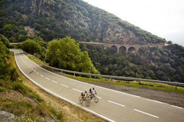 climbing Coll Formic with Montefusco Cycling